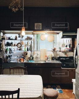 古い台所の写真・画像素材[3806221]