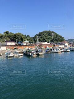 小さな港の写真・画像素材[3806244]