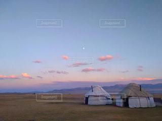 ユーラシア大陸のど真ん中で遊牧民生活の写真・画像素材[2506437]
