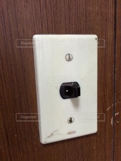 昭和レトロなスイッチのアップの写真・画像素材[2506947]
