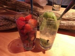 フルーツのお酒の写真・画像素材[2510810]