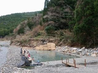 川湯温泉 千人風呂の写真・画像素材[2572548]