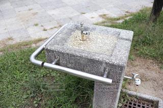 公園の水飲場の写真・画像素材[2553240]