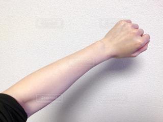 女性の腕の写真・画像素材[2604771]