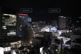 夜景 ビルの写真・画像素材[4769455]
