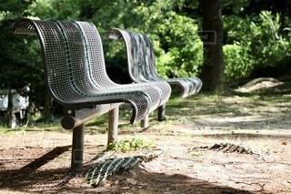 公園のベンチの写真・画像素材[2515211]