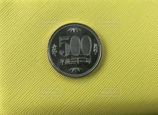 500円玉の写真・画像素材[2724986]
