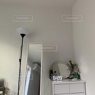 部屋の片隅の写真・画像素材[2550042]