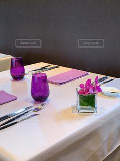 昼下がりのレストランの写真・画像素材[2524297]