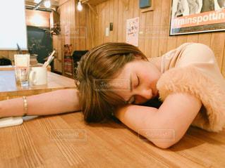 女性の写真・画像素材[2522011]