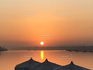 ナイル川クルーズ夕焼けの写真・画像素材[2652547]