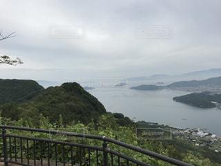 山頂から見える景色の写真・画像素材[2533360]