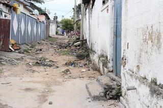 泥道の家の写真・画像素材[2540728]