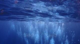 ダイバー泡のクローズアップの写真・画像素材[2526325]