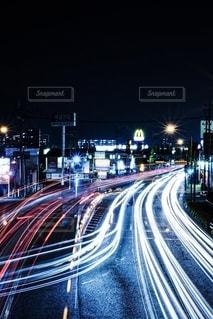夜の道路の写真・画像素材[2522070]