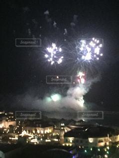 夜の大群衆の写真・画像素材[2521255]
