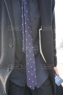 スーツとネクタイを着た男の写真・画像素材[2831250]