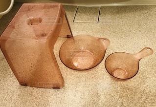 ピカピカになったお風呂の椅子とふろおけの写真・画像素材[2726089]