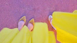 幸せの黄色いスカートの写真・画像素材[2531234]