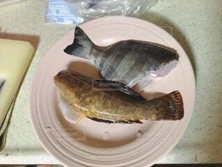皿の上の魚のクローズアップの写真・画像素材[3650656]