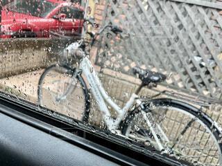 雨 自転車 画像 素材 写真の写真・画像素材[4552787]