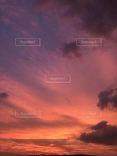 夕暮れの空の写真・画像素材[2574707]