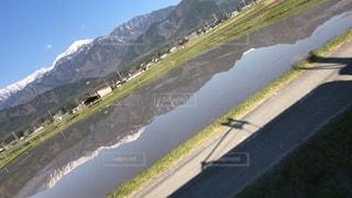 山道の眺めの写真・画像素材[2544251]