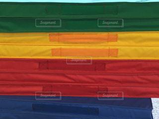 子ども,緑,赤,青,黄色,幼稚園,体操,マット,運動具