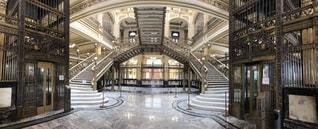 宮殿のような銀行の写真・画像素材[2557905]