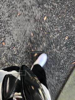 靴と紅葉の写真・画像素材[2755241]