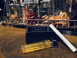 barでは煙草の写真・画像素材[2629916]