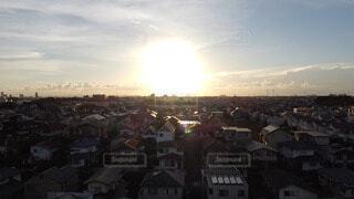 夕日に包まれた街並みの写真・画像素材[3674984]
