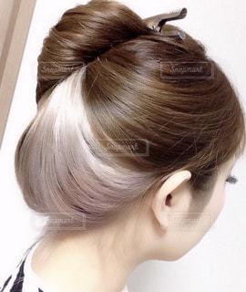 自分の髪の写真・画像素材[2602018]