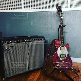 ギターの写真・画像素材[99391]