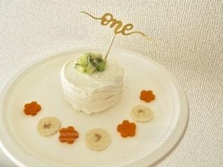 はじめてのケーキの写真・画像素材[2558132]
