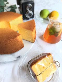 レモンのシフォンケーキの写真・画像素材[3637452]