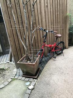 自転車赤いじてんしゃの写真・画像素材[2841790]