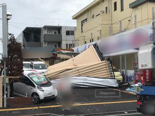 台風被害屋根飛散の写真・画像素材[2610324]