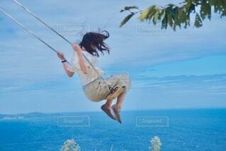 空中ブランコの写真・画像素材[3782697]