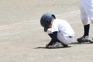 野球の試合をする男の写真・画像素材[2961314]