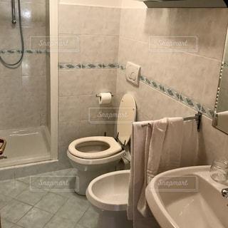 バスルームの写真・画像素材[2626258]