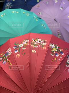 お気に入りの傘にペイントの写真・画像素材[3230088]