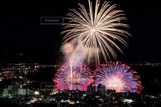諏訪湖の花火大会の写真・画像素材[2839266]