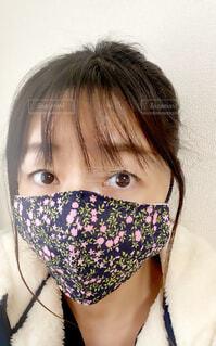 マスクをしている人の写真・画像素材[3829447]