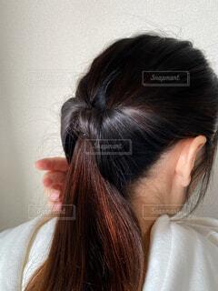 ピンクの髪の女性が自分撮りをするの写真・画像素材[4266225]