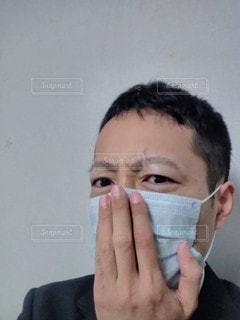 咳き込むの写真・画像素材[2928759]