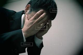 失望する男性の写真・画像素材[3031648]