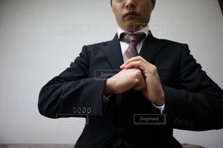 挨拶する男性の写真・画像素材[3031669]