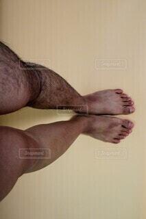 足の体毛処理前と後の写真・画像素材[4067219]