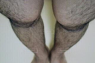 男性の両足の写真・画像素材[4067341]